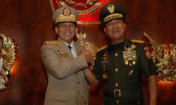 Viral Foto Moeldoko dan Min Aung Hlaing Salam Komando