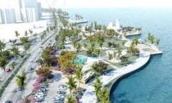 Ratusan Orang Bersihkan Pantai Jeddah