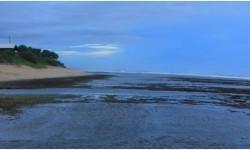 Wisata Pantai Sayang Heulang di Garut Ditutup untuk Umum