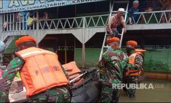 In Picture: TNI AU Bantu Korban Bencana di Sulbar dan Kalsel