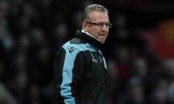 Beda Pendapat dengan Manajemen, Lambert Tinggalkan Klub