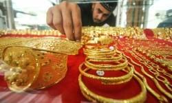 Asosiasi: Penjualan Perhiasan Emas Turun Hingga 90 Persen