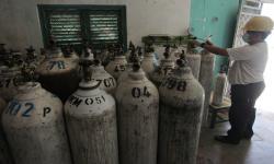 Ganjar Pastikan Persediaan Oksigen di Jateng Aman
