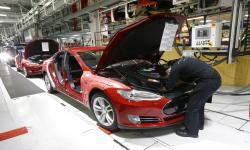 Mulai Pulih, Tesla Bukukan Laba di Kuartal Ketiga