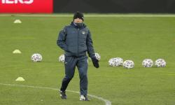 Pelatih kepala Ukraina Andriy Shevchenko