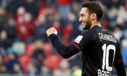 Hakan Calhanoglu Resmi Milik Inter Milan