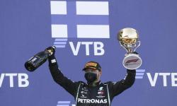 Valtteri Bottas Juara GP Rusia