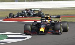 Verstappen Kalahkan Duet Mercedes pada Balapan HUT ke-70 F1