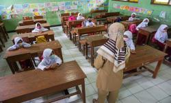 Jika Covid Turun, Jokowi: Sekolah Tatap Muka Akan Dibuka