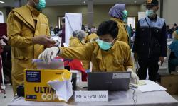 Vaksinasi Lansia Muslim di Garut Ditunda Usai Lebaran