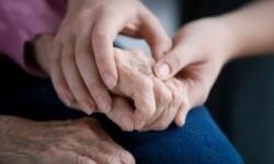 Tanda Awal Parkinson yang Perlu Diwaspadai