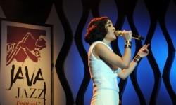 Rinni Wulandari Tuangkan Kisah Jadi Ibu dalam <em>Single </em>Terbaru