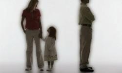 Derita Anak Kala Perceraian Menelikung Orangtuanya