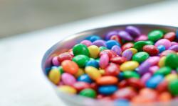 Anak Terlalu Banyak Konsumsi Gula? Waspada Efek Sampingnya