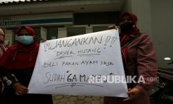 Polisi Bantah Bubarkan Aksi Bagi-Bagi Telur di Blitar