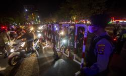 In Picture: Uji Coba Pembatasan Arus Masuk di Kota Banjarmasin
