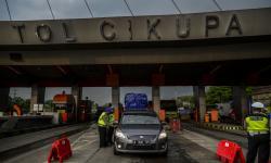 Tol Tanggerang-Merak Didominasi Kendaraan Logistik
