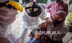 In Picture: Tes Antigen Bagi Pemudik di Tangerang