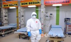Relawan Malaysia Sediakan Masker dan Makanan Petugas Medis