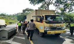 Ratusan Kendaraan Diminta Putar Balik di Jalur Gentong Tasik