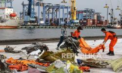 Kopaska Temukan Kalung Rosario Penumpang Sriwijaya Air