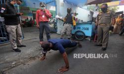 Razia Covid-19 di Surabaya Dilakukan Siang dan Malam Hari