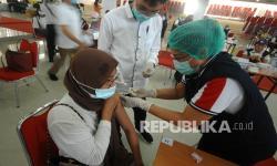 3.000 Lansia di Manado Terima Vaksin Covid-19