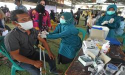 Vaksinasi RI Terbaik di Antara Negara Bukan Produsen