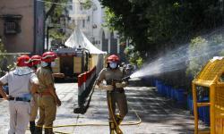16 Masjid Jamaah Tabligh di India Disemprot Disinfektan