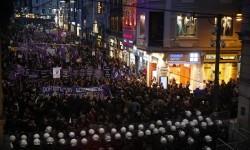 Banyak Kasus Pembunuhan Terhadap Perempuan Ditutupi di Turki