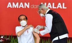 Besok, Jokowi Divaksin Covid-19 Dosis Kedua