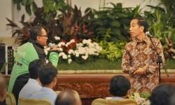 Ojek Daring Sampaikan Surat ICW untuk Presiden Jokowi
