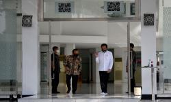 Perdana Kala Pandemi, Shalat Jumat Berjamaah di Istana
