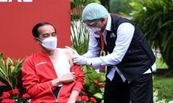 Jokowi Pakai Singlet Saat Vaksin Dosis Kedua, Ini Alasannya