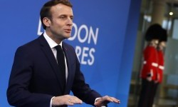Presiden Prancis Minta Italia Waspadai Bantuan China