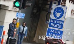 Rambu Wajib Kenakan Masker Disebar di Surabaya