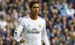 Rio Ferdinand Senang Varane Kian Dekat ke MU