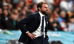 Reaksi pelatih Inggris Gareth Southgate pada final Euro 2020 antara Italia dan Inggris di London, Inggris, Senin (12/7) dini hari WIB.
