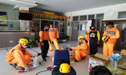 Rumah Zakat Semrpot Disinfektan di Lingkungan Sekolah