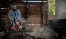 Mengenal <em>Roasting</em> Kopi Tradisional Khas Aceh