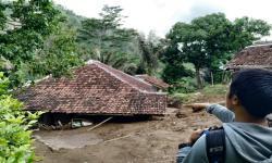 Bencana di Garut Didominasi Tanah Longsor