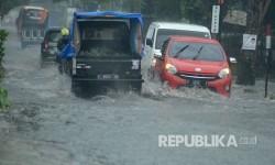 Longsor dan Banjir Bandang Terjadi di Bandung Barat