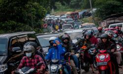 Polres Cilegon Putar Balik Ratusan Mobil dari Jabodetabek