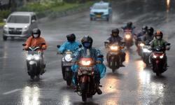BMKG Prediksi Cuaca Ekstrem Terjadi Hingga Mei 2021