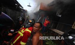 Kebakaran Landa Rumah di Mampang Prapatan