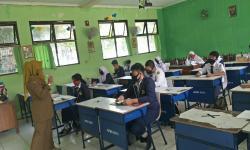 Surabaya Mau Buka Kembali Sekolah Saat Covid Masih Mewabah