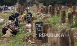 Kembali Buka, TPU Srengseng Sawah Terapkan Prokes Ketat