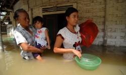 Empat Pompa Dikirimkan Atasi Banjir di Lamongan