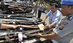 Satgas Pamtas RI-Timor Leste Minta Warga Serahkan Senjata