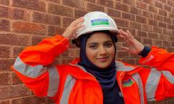 Muslimah Inggris Buat Jilbab Khusus untuk Kerja Konstruksi
